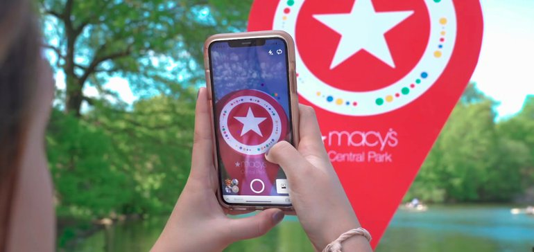 Macy's takes Pinterest outside